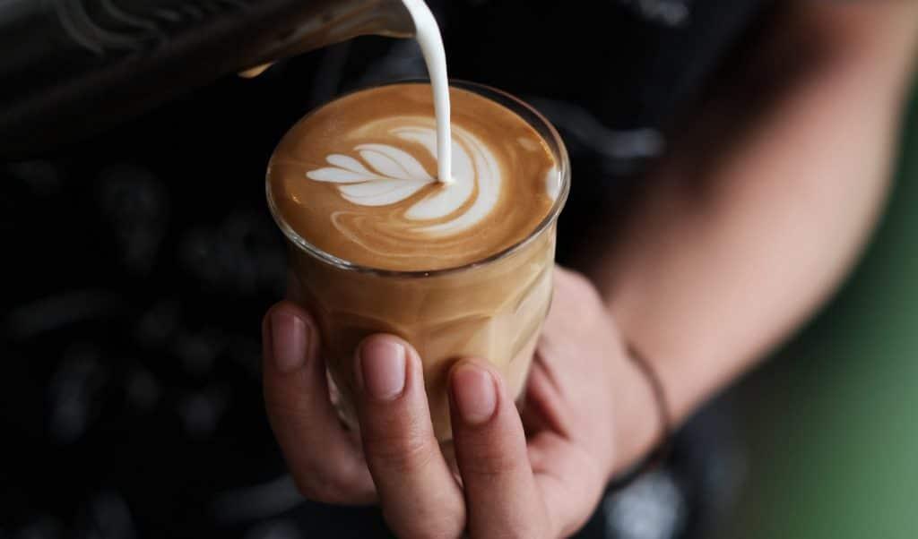 Geschenke für Kaffeeliebhaber – Barista Kurs