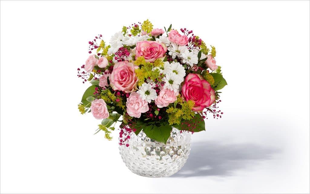 Moderner-Blumenstrauss-märchenhaft-1024x640