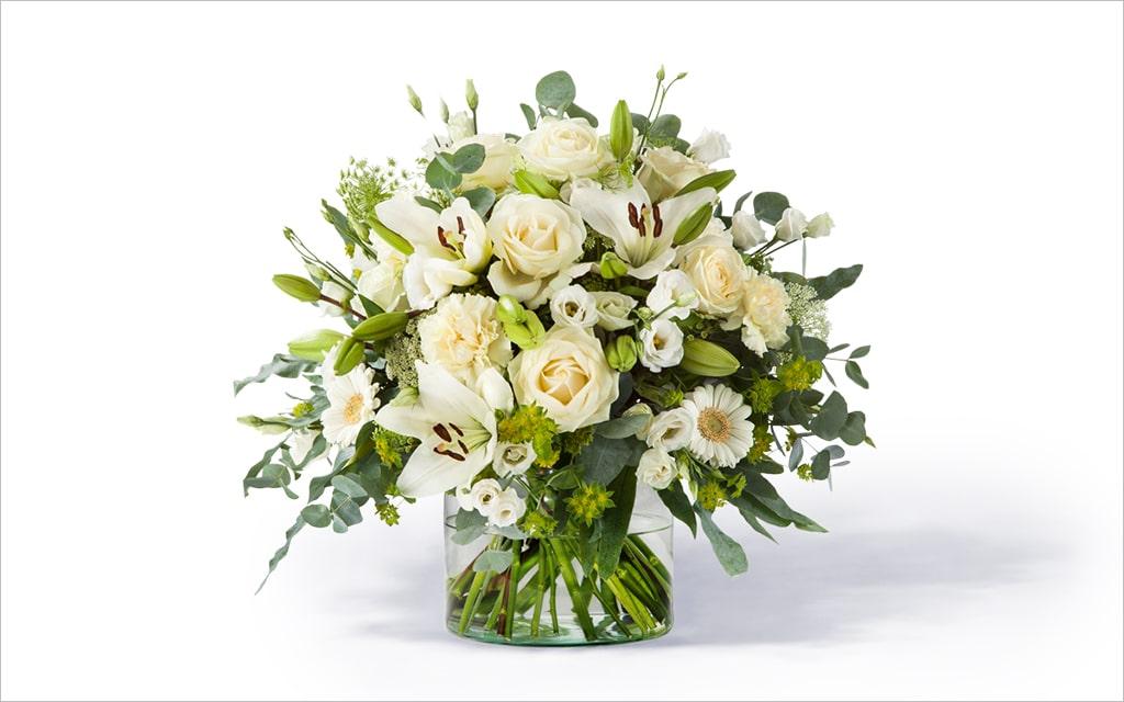 Moderne Blumensträuße – weißer Strauß